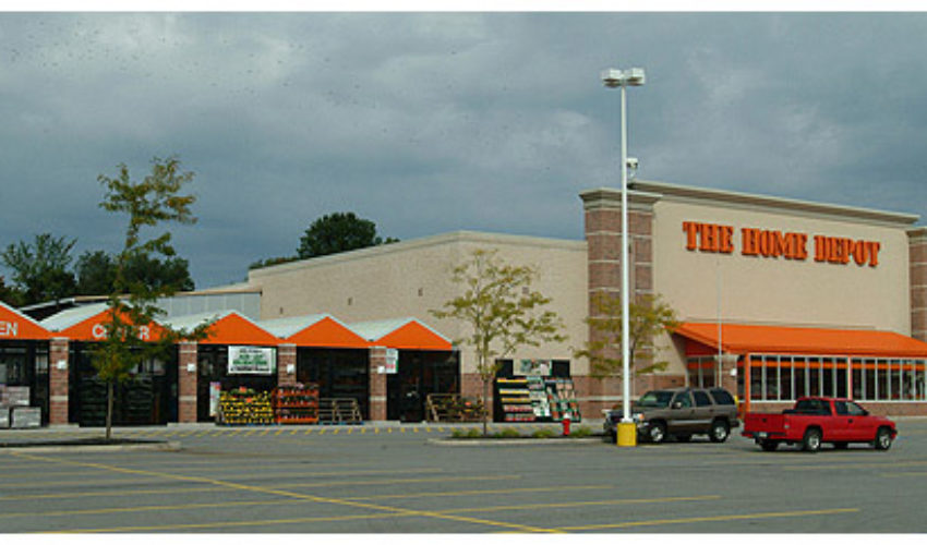 Home Depot, Avon Commons